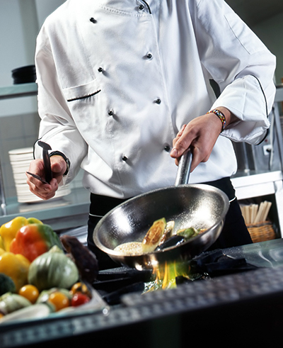 chef_cooking_cropped